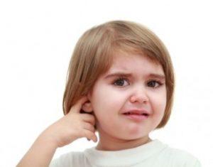 Причины появления крови из уха